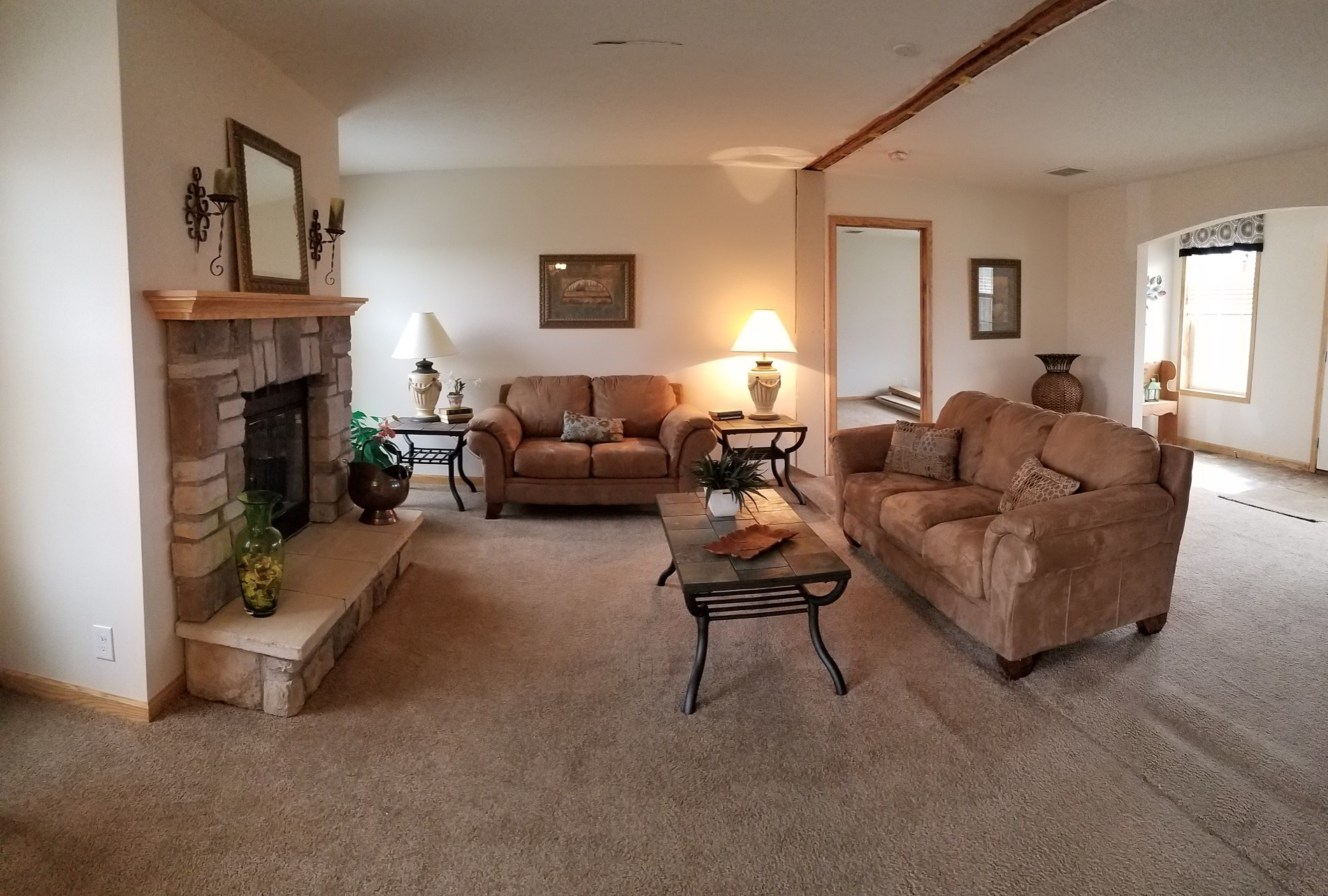 Champion Gold Star 2880 201 Jackson Living Room (2)