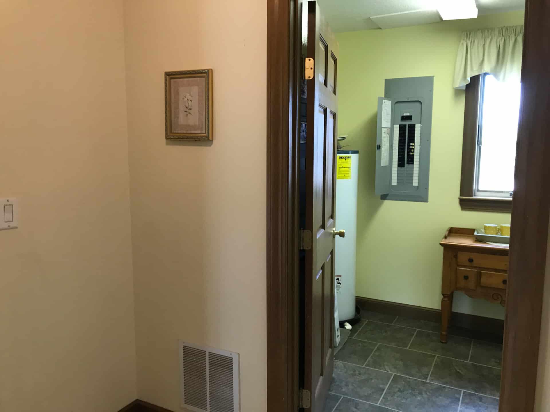 Unibilt Monticello Henderson Utility Room