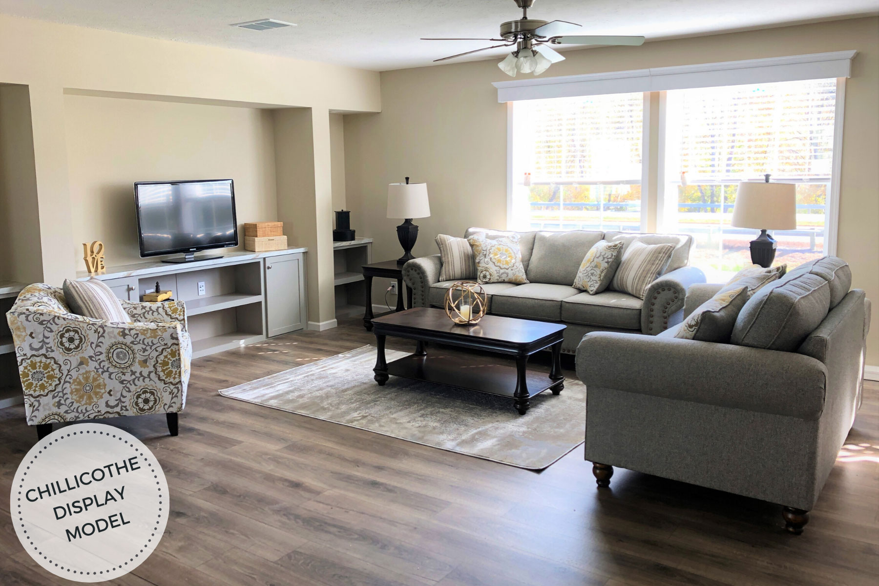 Champion-Apex-Gold-Star-2860-235--Chillicothe-Living-Room-1