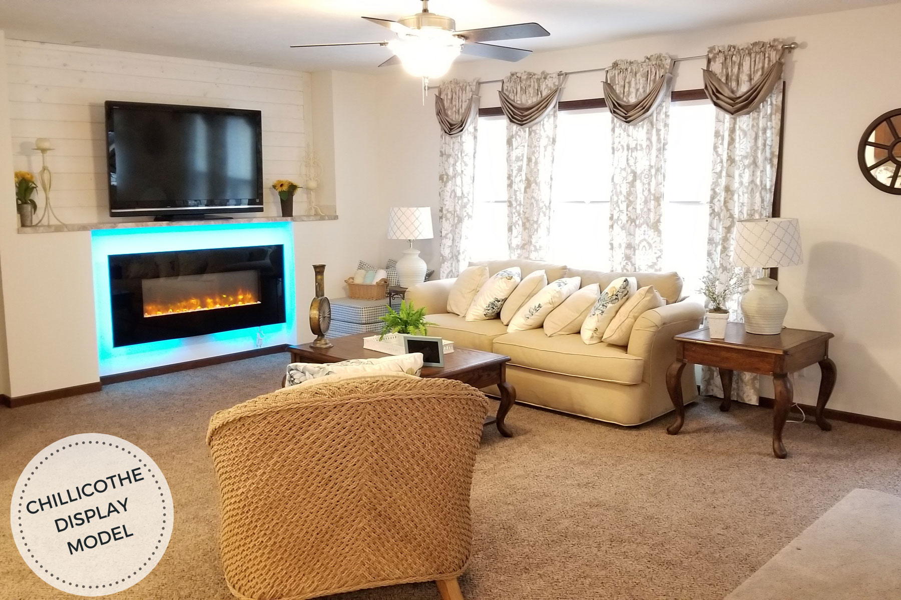 Commodore-Limited-3-RX-780-Chillicothe-Living-Room-1