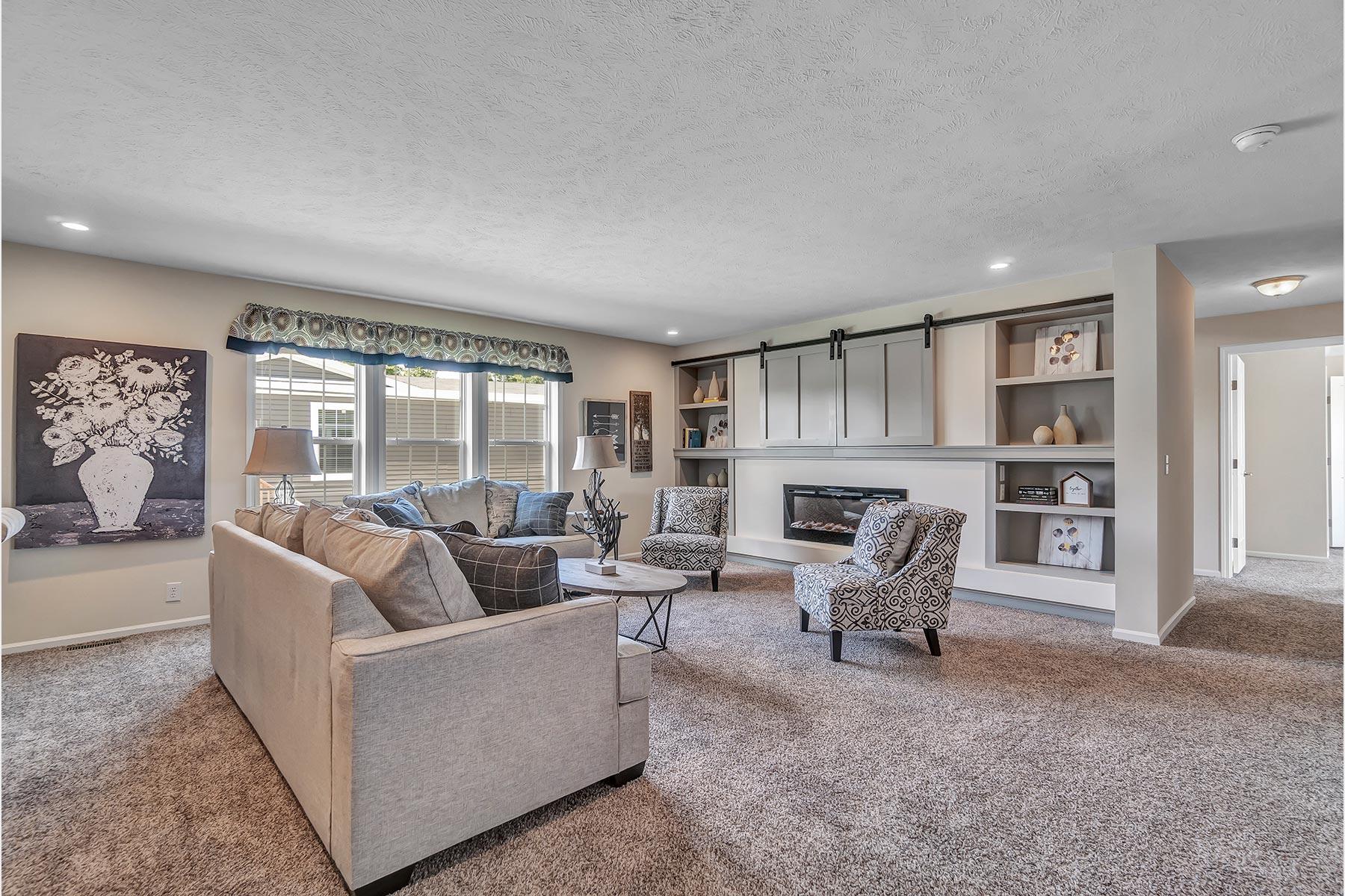 Champion 3276 211 Living Room 1